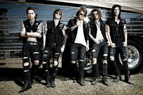 Asking Alexandria: Avenged Sevenfold sunt noii Metallica