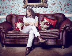 Robert Plant: Lullaby And The Ceaseless Roar poate fi ascultat integral online