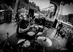 Bloodway: Drumcam live pentru Walking Past Near The Lighthouse (video)