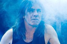 Boala chitaristului AC/DC, dezvaluita?