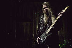 Arch Enemy: Nick Cordle, inlocuit de Jeff Loomis