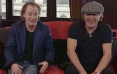 AC/DC: Angus Young a cazut din pat cand a aflat de arestarea lui Phil Rudd
