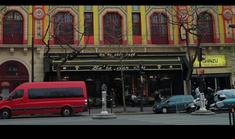 Clubul Bataclan din Paris se va redeschide si va continua sa aduca formatii