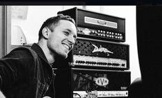 Chitaristul Architects, Tom Searle, a murit la doar 28 de ani