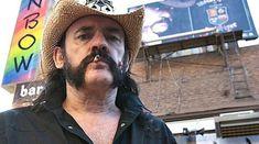 A fost dezvelita statuia lui Lemmy Kilmister