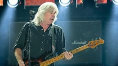 Basistul Cliff Williams paraseste formatia AC/DC