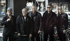 Deep Purple pregatesc un nou album, 'Infinite'