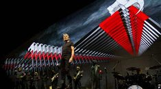 In urma cu 16 ani Roger Waters lansa albumul live 'In the Flesh'