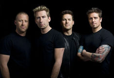 Nickelback a lansat videoclipul piesei 'Feed The Machine'