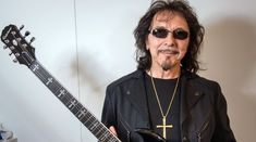 Tony Iommi parca ar mai scoate un album Black Sabbath