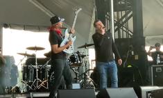 Tom Morello si Serj Tankian au urcat impreuna pe aceeasi scena