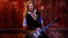 Joel Hoekstra de la Whitesnake a stat de vorba cu prietenii nostri de la Rock FM