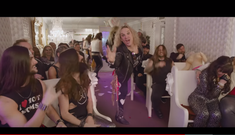 Steel Panther au lansat un clip pentru 'All I Wanna Do Is Fuck (Myself Tonight)'