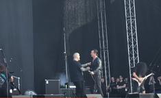 Phil Anselmo si Satyr de la Satyricon au cantat piesa 'I'm Broken'