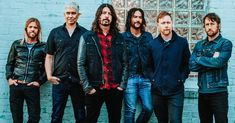 Foo Fighters a facut disponibil un concert acustic