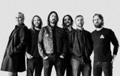 Foo Fighters au lansat videoclipul pentru 'Waiting On A War'