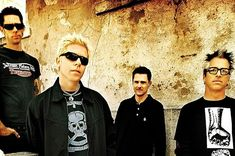 The Offspring au lansat un videoclip pentru 'The Opioid Diaries'