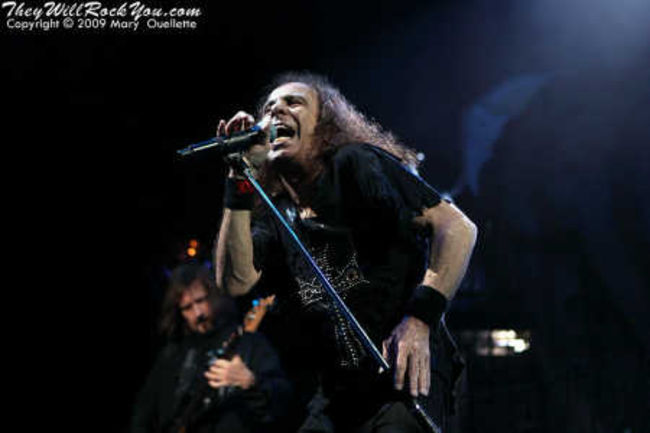 Poze Poze Dio - live boston