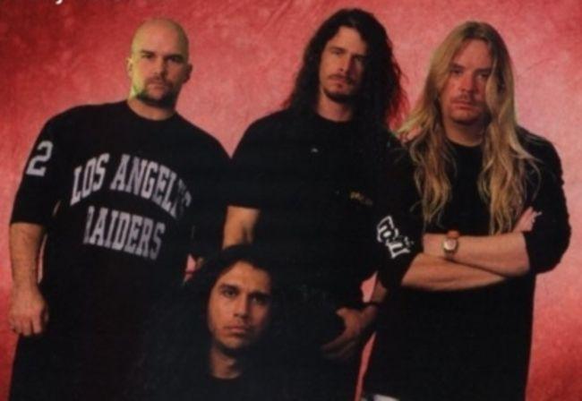Poze Poze Slayer - 1994