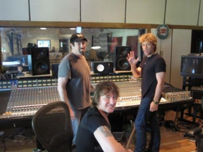 Poze Poze Bon Jovi - bon jovi_recording day off