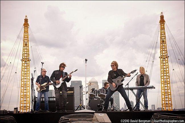Poze Poze Bon Jovi - bon jovi_Rooftop