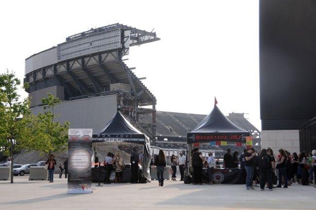 Poze Poze Bon Jovi - New Meadowlands Stadium opening bon jovi