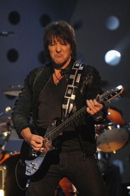 Poze Poze Bon Jovi - richie sambora_EMA_2010