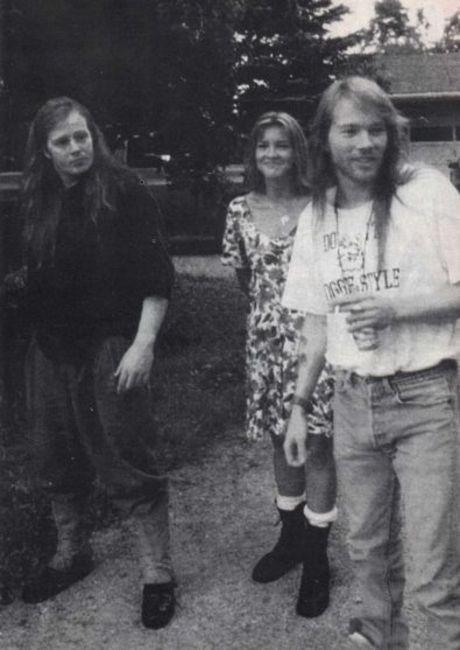 Poze Poze Guns N Roses - Axl Rose cu sora(Amy Bailey) si fratele(Stuart bailey) sau