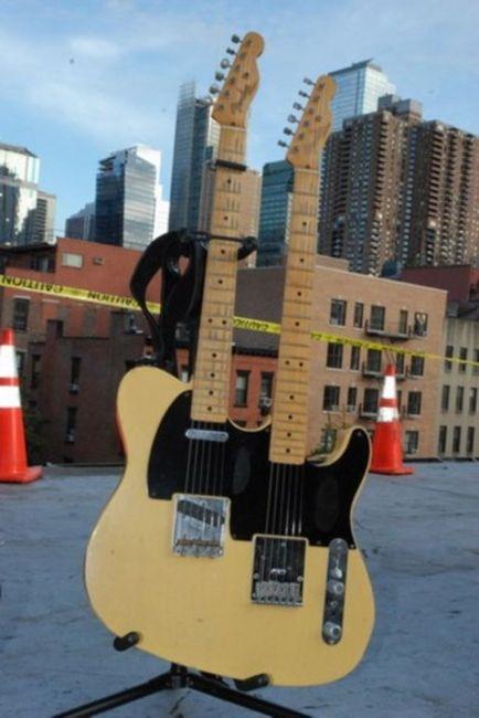 Poze Poze Bon Jovi - guitar