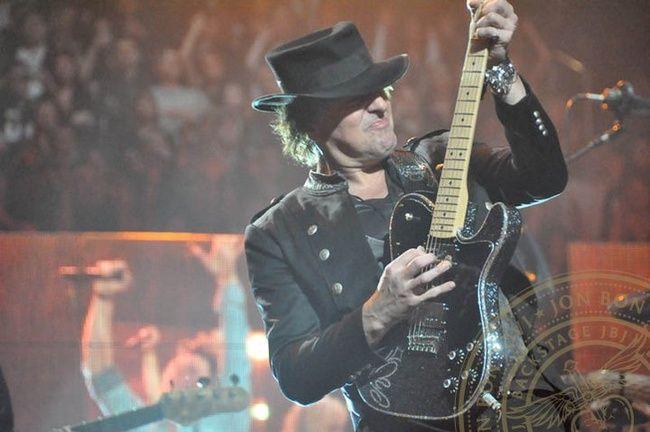 Poze Poze Bon Jovi - Bon Jovi_Pittsburgh 2011