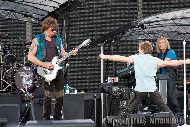 Poze Poze Bon Jovi - Bon Jovi Bucuresti
