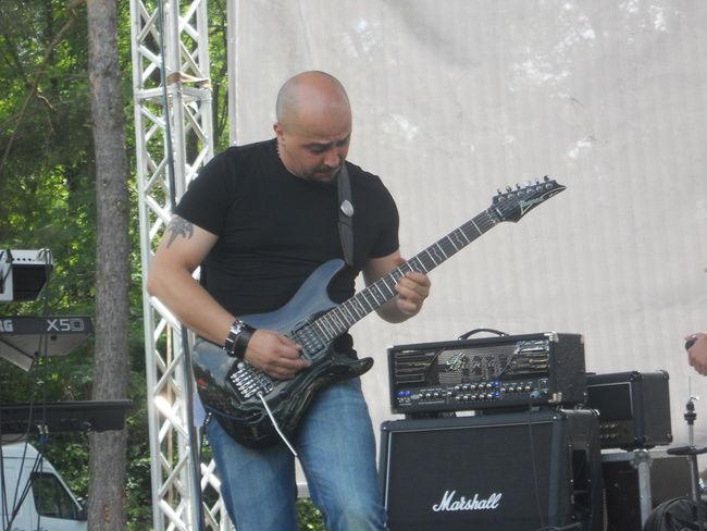 Poze Poze MONARCHY - artmania 2011