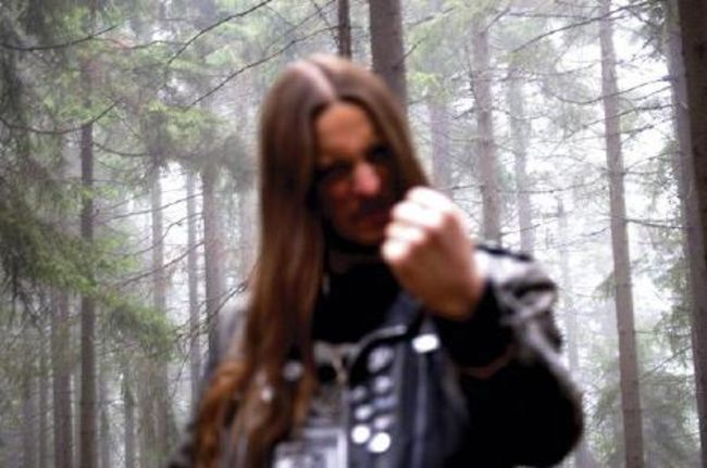 Poze Poze DARKTHRONE - Fenriz in the forest