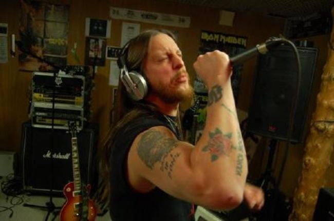 Poze Poze DARKTHRONE - Fenriz singing