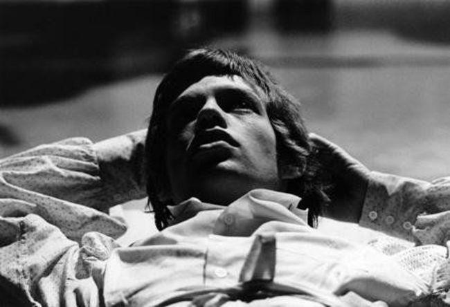 Poze Cele mai tari poze cu artisti din anii '60 - Rolling Stones - Mick Jagger in 1966