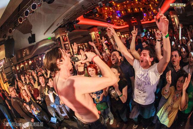 Poze Concert de lansare Zdob si Zdub la Hard Rock Cafe din Bucuresti (User Foto) - Zdob si Zdub