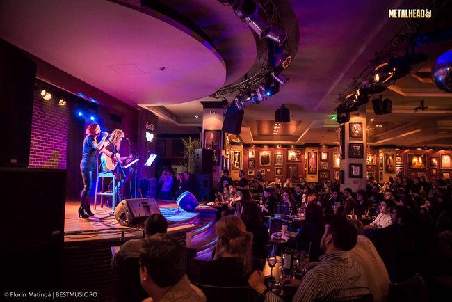 """Poze Poze Anneke Van Giersbergen - Poze """"The Gentle Storm"""" in Hard Rock Cafe"""