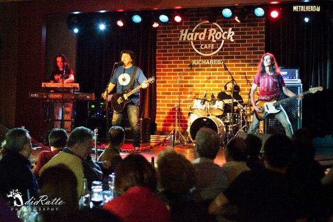 Poze Poze Compact @ Hard Rock Cafe - poze compact