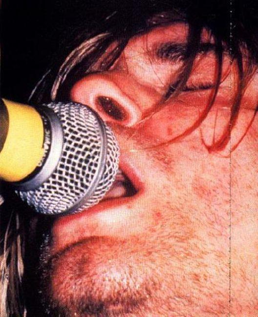 Poze Poze Nirvana - kurt close up