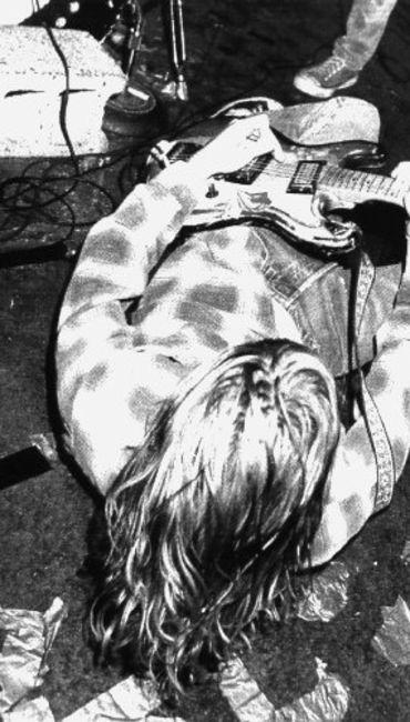 Poze Poze Nirvana - down