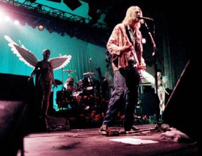 Poze Poze Nirvana - on stage