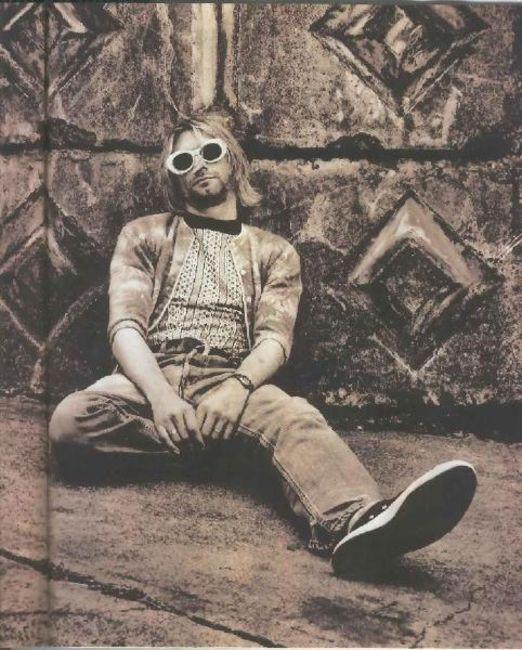 Poze Poze Nirvana - macho kurt