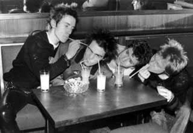 Poze Poze Sex Pistols - paie