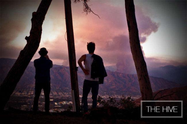 Poze Poze 30 Seconds to Mars - Fratii Leto urmarind incendiile din LA
