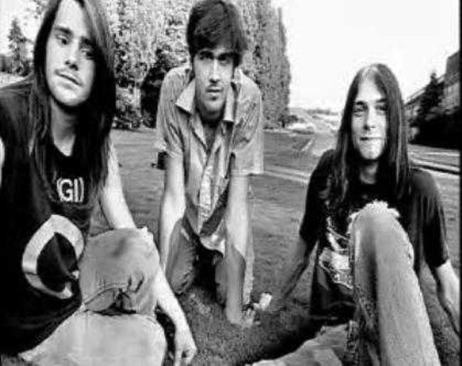 Poze Poze Nirvana - nirvana pe la inceput, cu chad channing in formatie la baterie