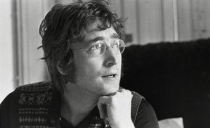 Albumul semnat de Lennon pentru ucigasul sau se liciteaza