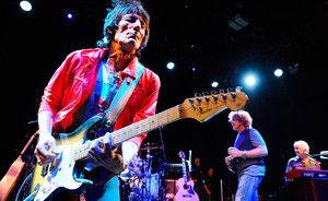 Ronnie Wood vrea ca Rolling Stones sa cante la Glastonbury 2011