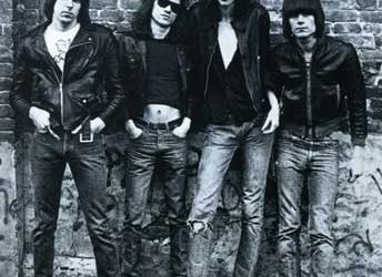 Asculta integral un concert Ramones din 1978