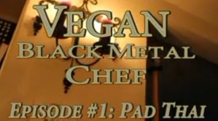Bucatarul vegetarian black metal (video)