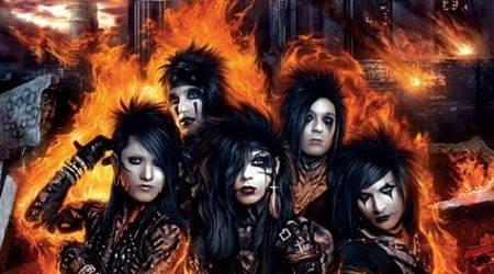 Black Veil Brides demonstreaza trick-uri cu betele de tobe (video)
